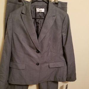Gray power Pant Suit Le Suit 16 work business